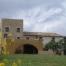 Masia Catalana original del segle XII, en una explotació Rural de l, Alt Empordà. ideal per gaudir de la natura i realitzar activitats amb amics i familiars. Mas Coquells us ofereix una estada inoblidable.