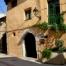 Façana de l'hotel, bonic i acollidor. Situat al mig de Vilaverd a uns 5 minuts de Montblanc (poble medieval).