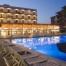 Zona terrassa-piscina -bar