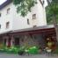 Primera vista al arribar a Casa Feliu, restaurante, bar y habitaciones.