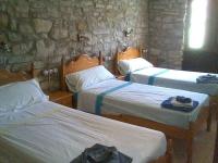 Habitació triple de tres llitets individuals, ideal pels solters o per la canalla!