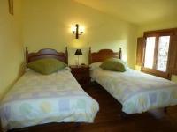 Habitació amb dos llits individuals