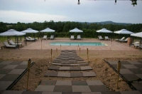 Zona piscina, relaxxxxxxx amb una bona llimonadaaaaa ' gratix '