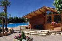 Camping & Bungalow Park amb Piscines Climatitzades amb Energia solar Tèrmica