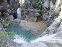 El Serra de Prades, situat entre els Parcs Naturals del Montsant i Poblet, gaudeix d'un entorn salvatge i de gran bellesa per gaudir amb la Familia.