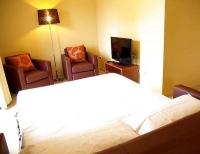 Apartament 2 - 4 PAX, detall sofà llit obert.