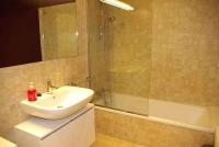 Apartament 4 - 6 PAX, bany amb banyera.