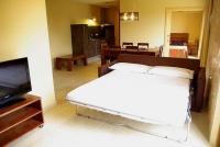 Apartament 4 - 6 PAX, detall del sofà llit.