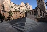 Plaça central del Monestir de Montserrat