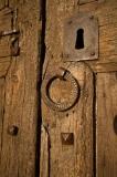 Detall de la porta de l'Església de Sant Martí d'Urtx