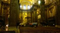 Interior de la catedral. Frescos d'en Sert