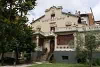 Sort. Xalet Emiliana (estil modernista construïda el 1920)