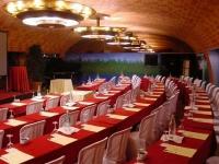 Espais interiors per a convencions i reunions d'empresa.